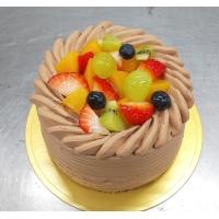 彩り果実のデコレーション(チョコ生クリーム)写真は直径12cm